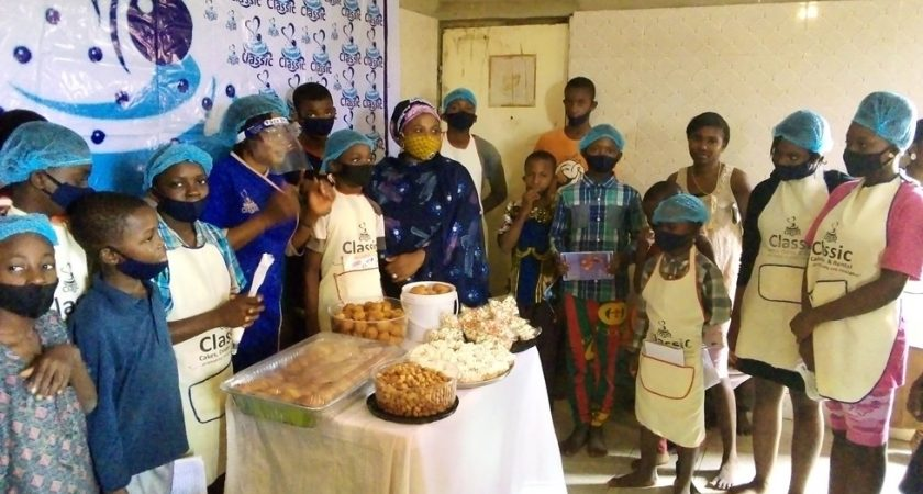 MADAM CLASSIC TEACHING THE CHILDREN ON HOW TO MAKE PASTRIES
